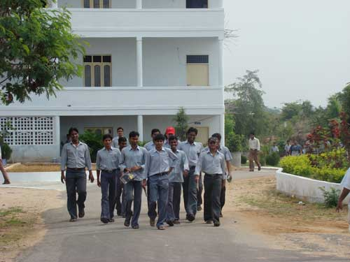 Madhira Institute of Technology & Science