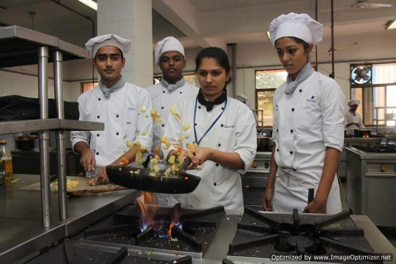 Dr DY Patil Institute Of Hotel Management Catering Technology