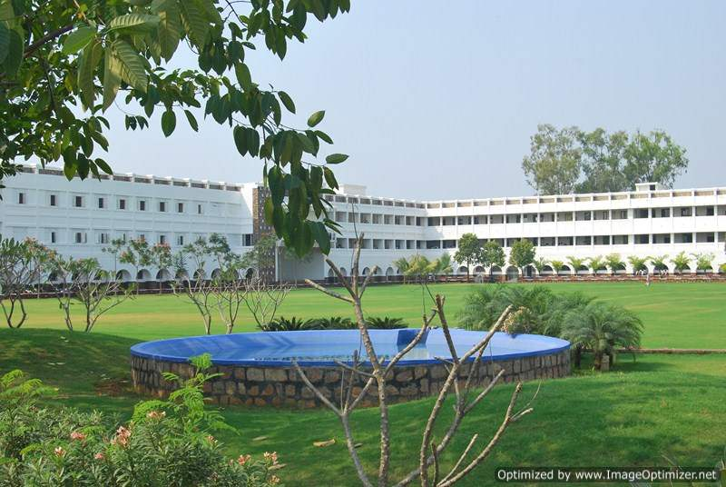 Dhote Bandhu Science College